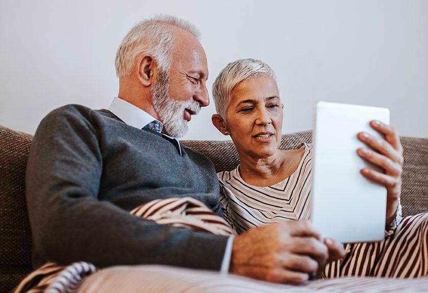 Couple Searching on iPad
